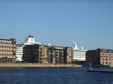 Stop over in Denmark's capitol. Shipping is one of the main themes. Eat sleep and back on a ship.