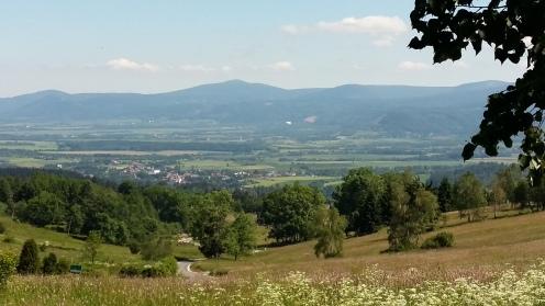 ... und das ist schon wieder auf dem Rückweg. Kotlina Kłodzka - der Blick in das Glatzer Land, der Heimat der Deutschen Romantik.